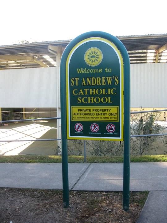 Directional Signage Pole Signage School Signage
